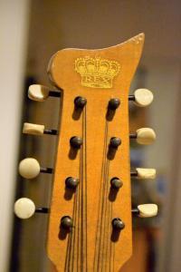 04 Queen's Visit Banjo 1954